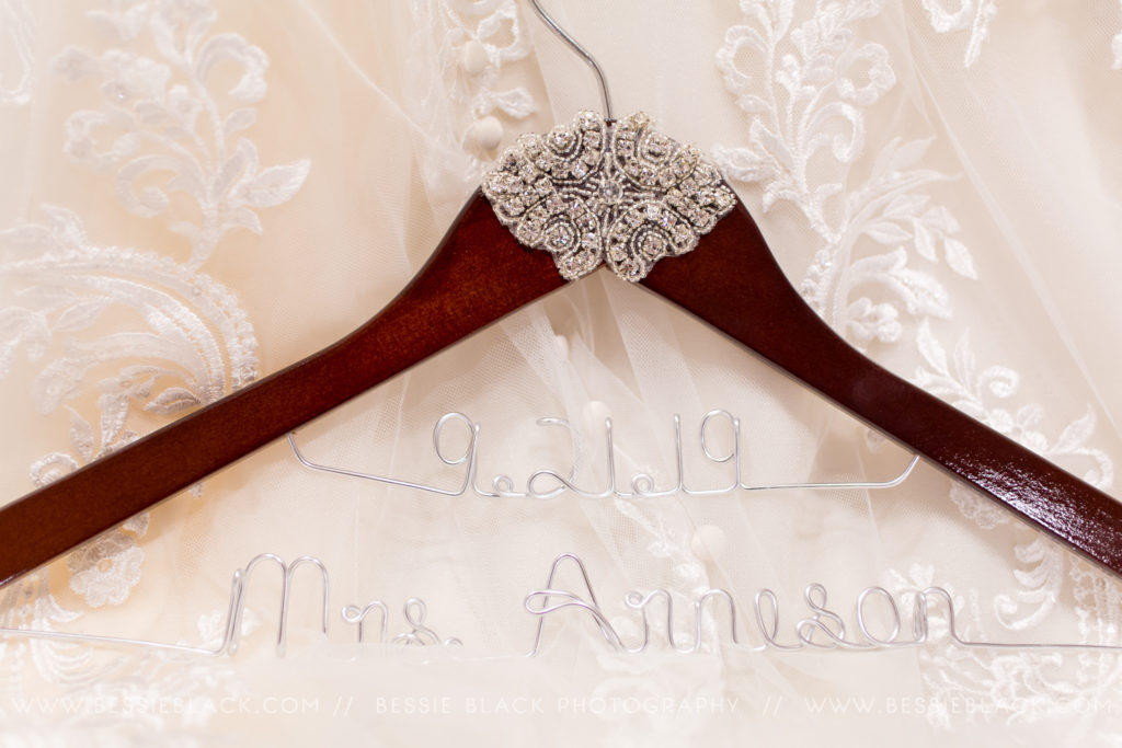 Peeks of Otter Wedding Hanger